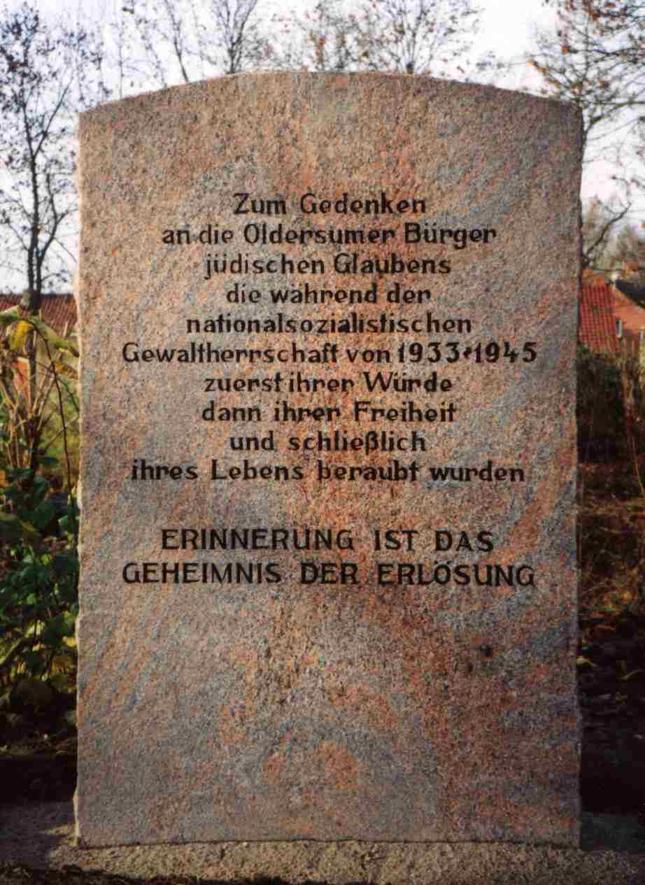 Gedenkstein in Oldersum - memorial in Oldersum - aufgestellt am 22.11.1995